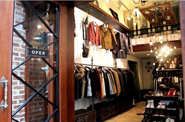 """品牌简介:上海杰帝梵服饰有限公司创立于2009年,旗下拥有男装潮牌""""j."""