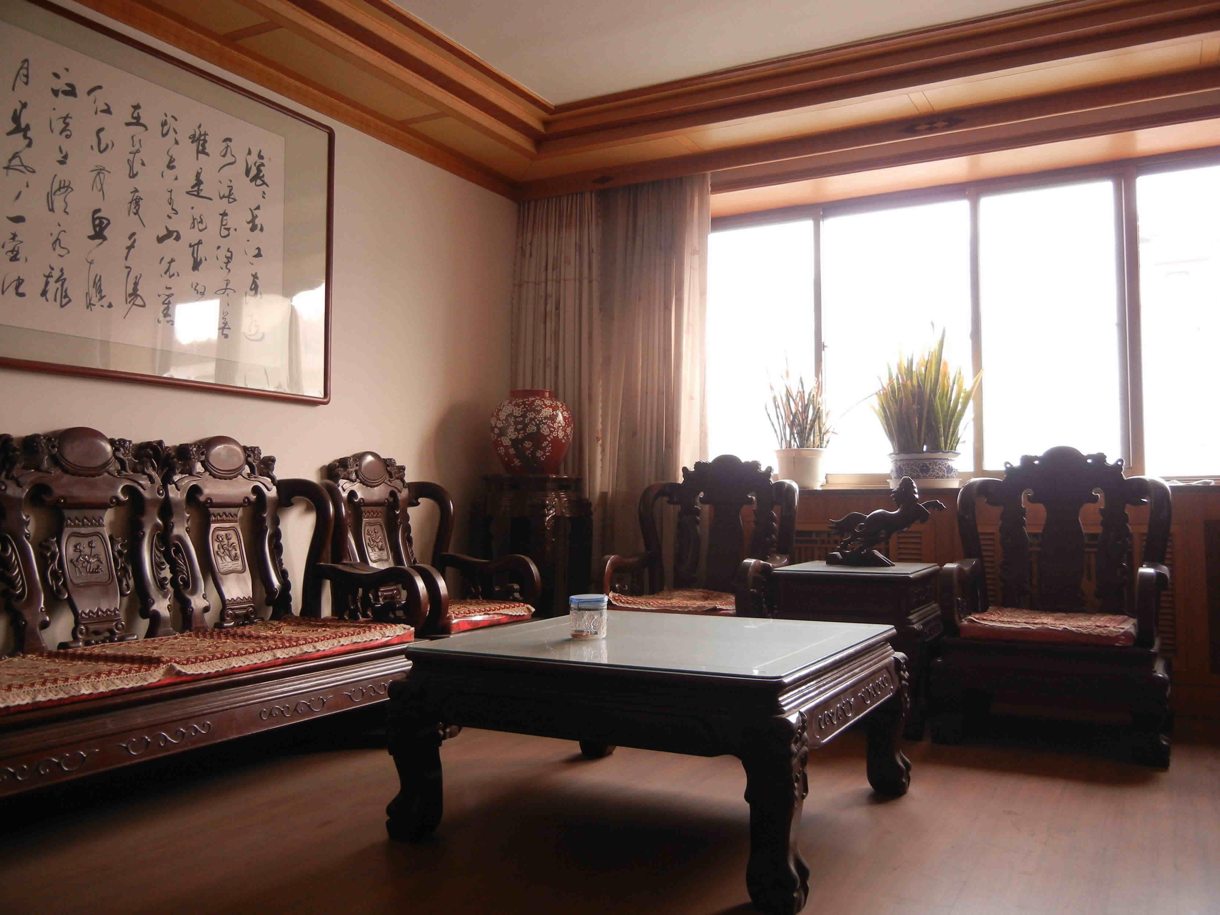 龙胤红木沙发加盟图片