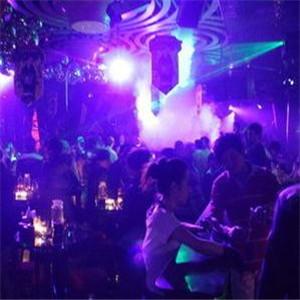 目的地酒吧加盟图片