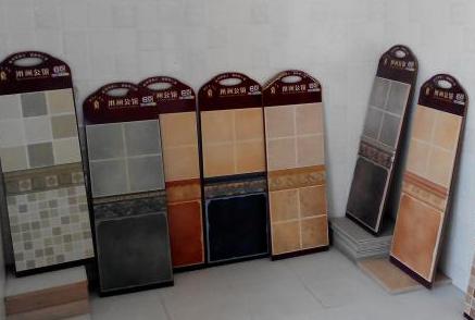 利特邦瓷砖建材加盟店面案例