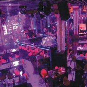 本色酒吧加盟图片
