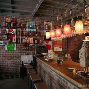 布加迪酒吧加盟图片