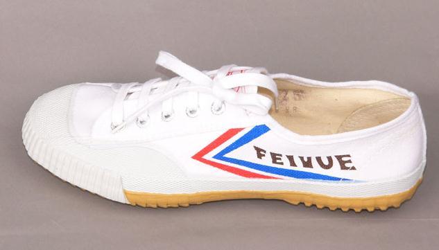 飞跃运动鞋加盟