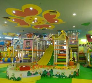 不倒翁儿童乐园