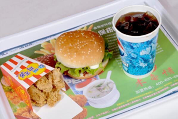 木鱼情汉堡的产品系列非常的丰富,汉堡系列,披萨系列,果汁系列,炸鸡