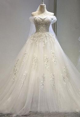 爱出色婚纱加盟