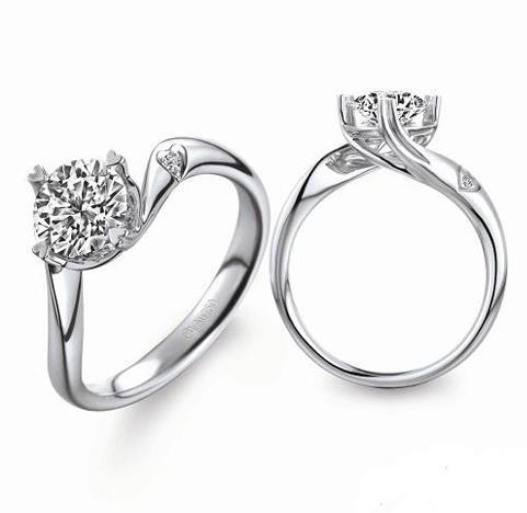 六福珠宝钻石加盟图片