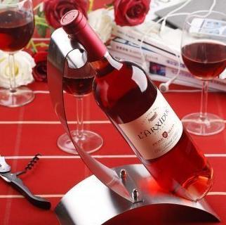 玫瑰红葡萄酒加盟图片