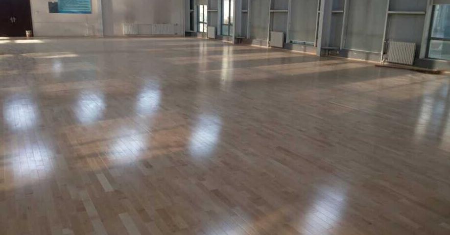 体育木地板加盟
