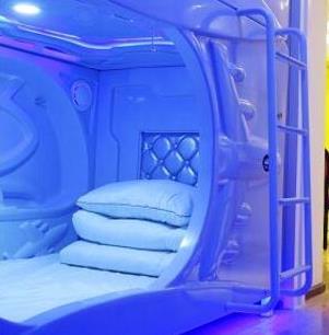 宇宙人胶囊旅馆加盟图片