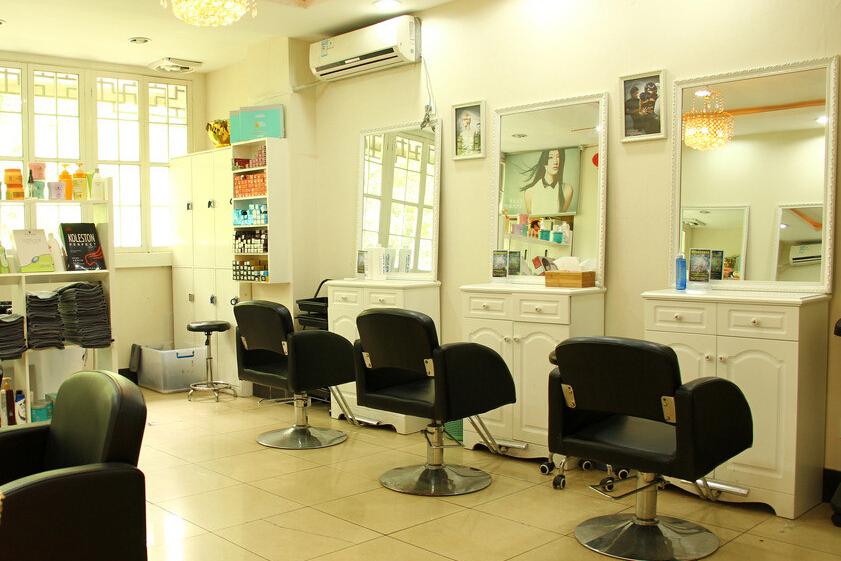 10平米理发店装修图片