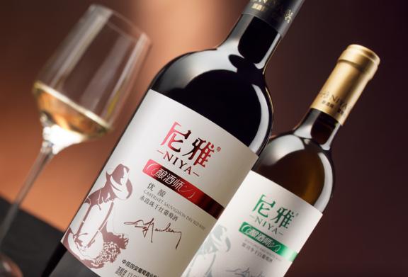 新天干红葡萄酒加盟图片