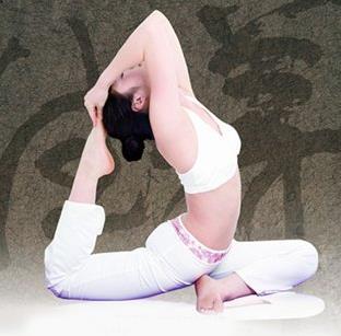 瑜伽健身诚邀加盟