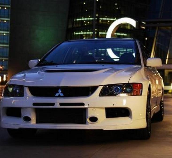 三菱汽车4s店加盟图片