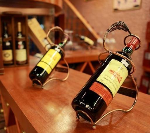西堡红酒加盟图片