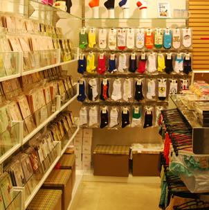 三足袜业连锁超市加盟