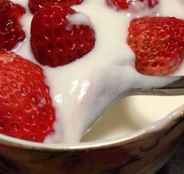 missmilk酸奶吧加盟图片