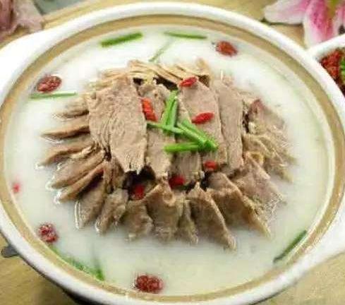 滋补羊肉汤