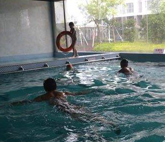 金鹏游泳健身会所加盟图片