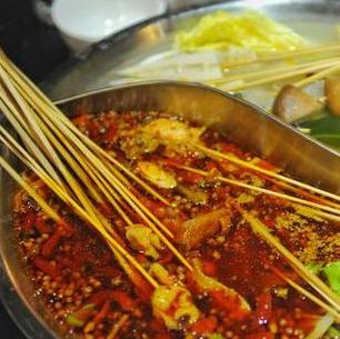 六婆串串香火锅