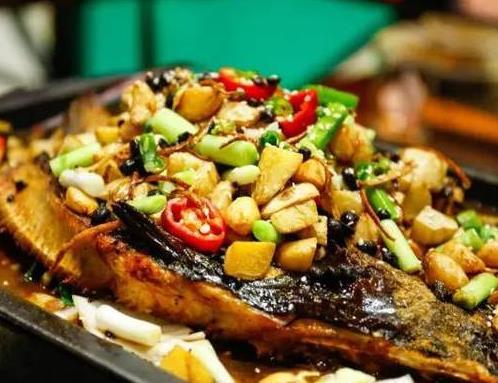 山城烤鱼加盟图片
