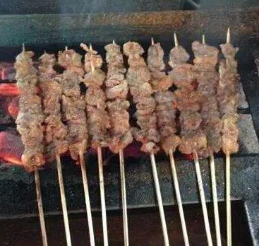 新疆特色烧烤加盟图片