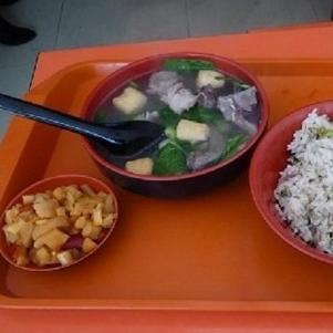 咸肉菜饭骨头汤