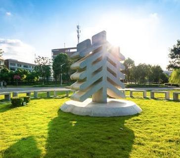华东师范大学加盟