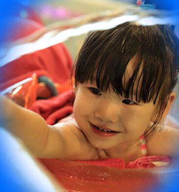 蓝月儿的水世界婴儿游泳加盟图片
