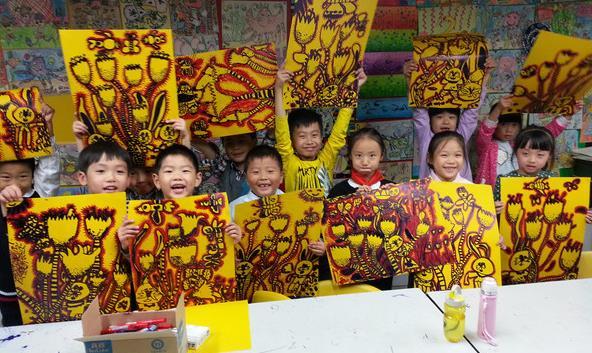 7,专业的培训系统   少儿美术专业的总部培训部,为全国各校区提供图片