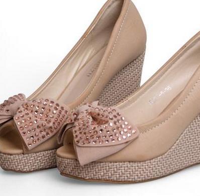 鞋业加盟图片