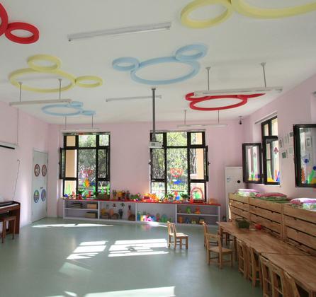 小哈津幼儿园加盟图片