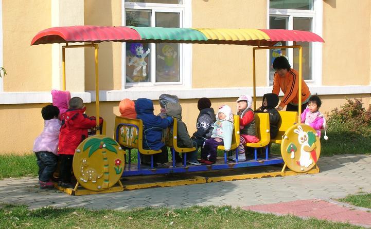 小哈津幼儿园加盟