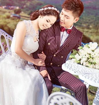 天长地久婚纱摄影加盟图片
