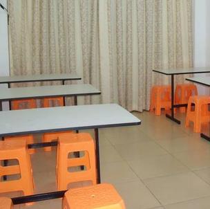 德米亚教育托管中心加盟图片