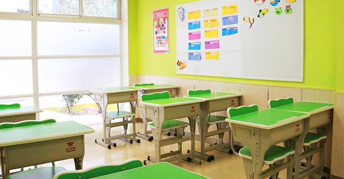 德米亚教育托管中心加盟
