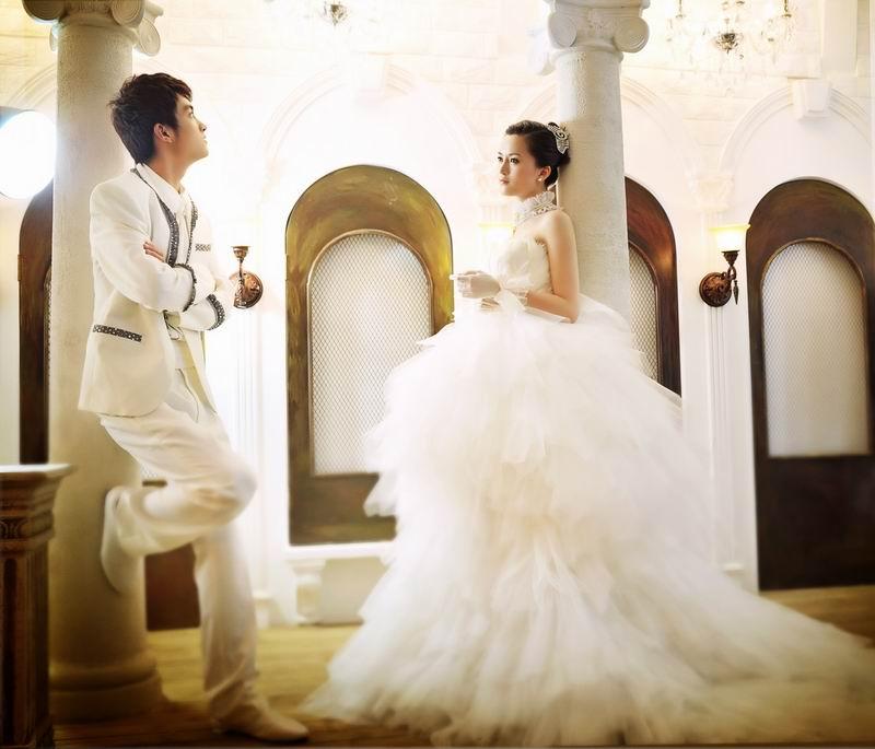 蒙娜丽莎婚纱摄影加盟图片