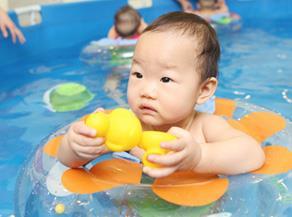 鱼骑士游泳馆加盟图片
