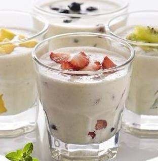 yoyo鲜果奶茶加盟图片