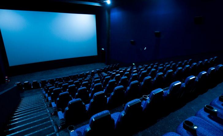 [一个放映厅需要多少钱]一个放映厅需要多少投资