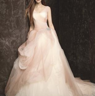 王薇薇婚纱