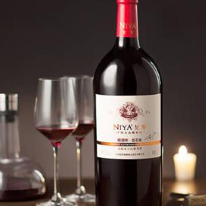 尼雅葡萄酒加盟