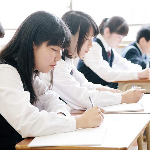 华章教育加盟图片