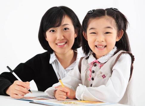 智启教育加盟图片