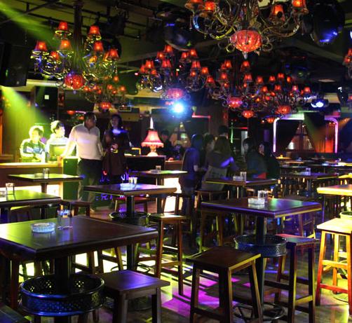 江湖酒吧加盟图片