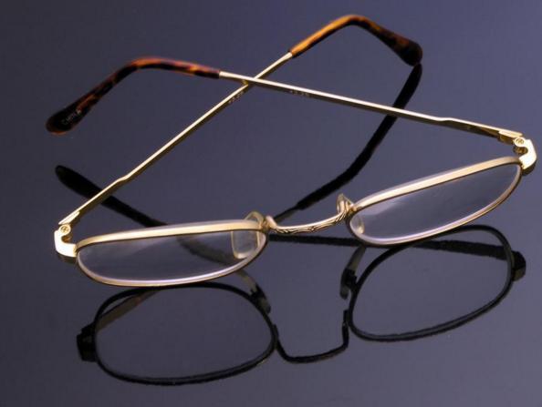 红星眼镜加盟图片