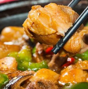 田玉麟黄焖鸡米饭