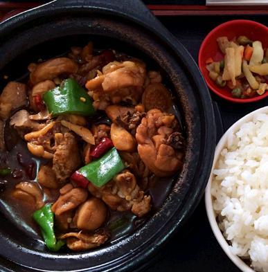 孔记黄焖鸡米饭加盟