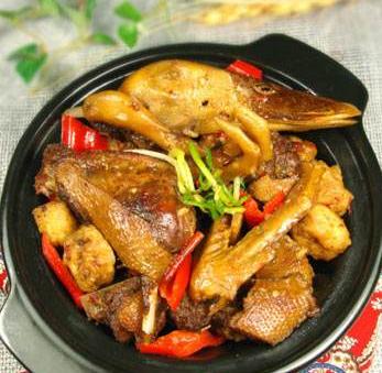 食必恩黄焖鸡米饭