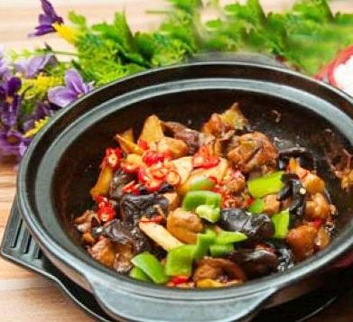 黄明宇黄焖鸡米饭